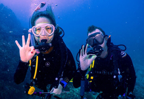 Discover Scuba Diving in Fujairah (1 Pool & 1 Sea Dive) 1